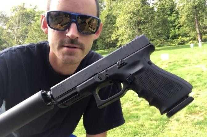 Porte e uso de 'silenciador' de arma de fogo por policial