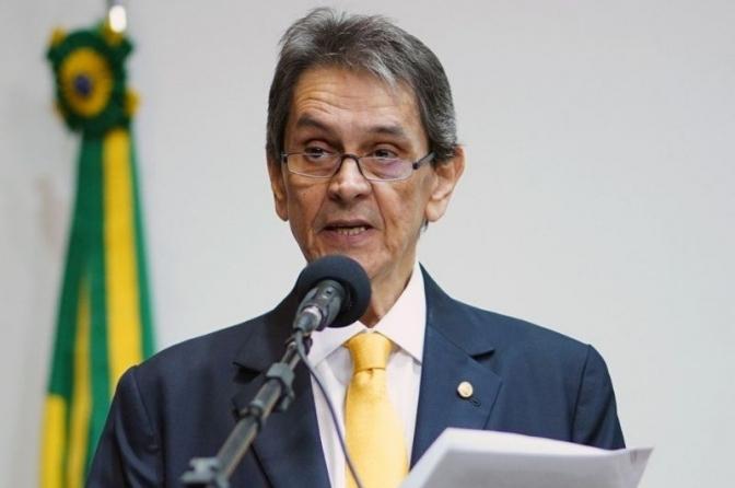 Ex-deputado Roberto Jefferson é preso pela PF após decisão do Ministro Alexandre de Moraes