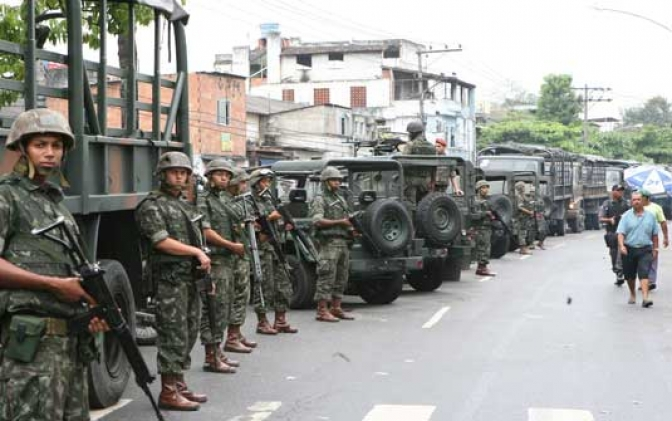 Ministro da Justiça diz que ação no Rio acaba 'com mito do crime organizado'