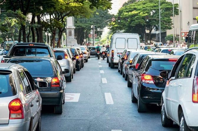 Sindpesp e Sindpf solicitam ao prefeito de São Paulo a exclusão dos policiais do rodízio de veículos