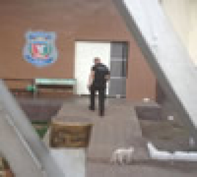 Justiça concede prisão domiciliar a detentos após massacre em Roraima