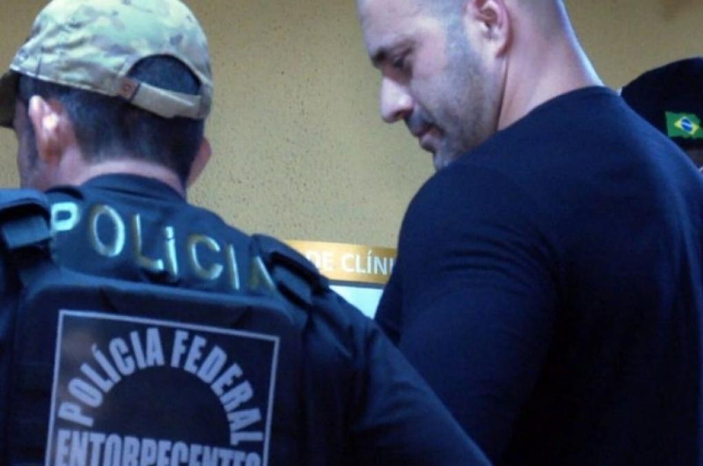 PF prende deputado Daniel Silveira por apologia ao AI-5 e defender fechar o STF