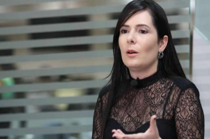 Liminar reintegra delegada Patricia em delegacia extinta por deputados do PE