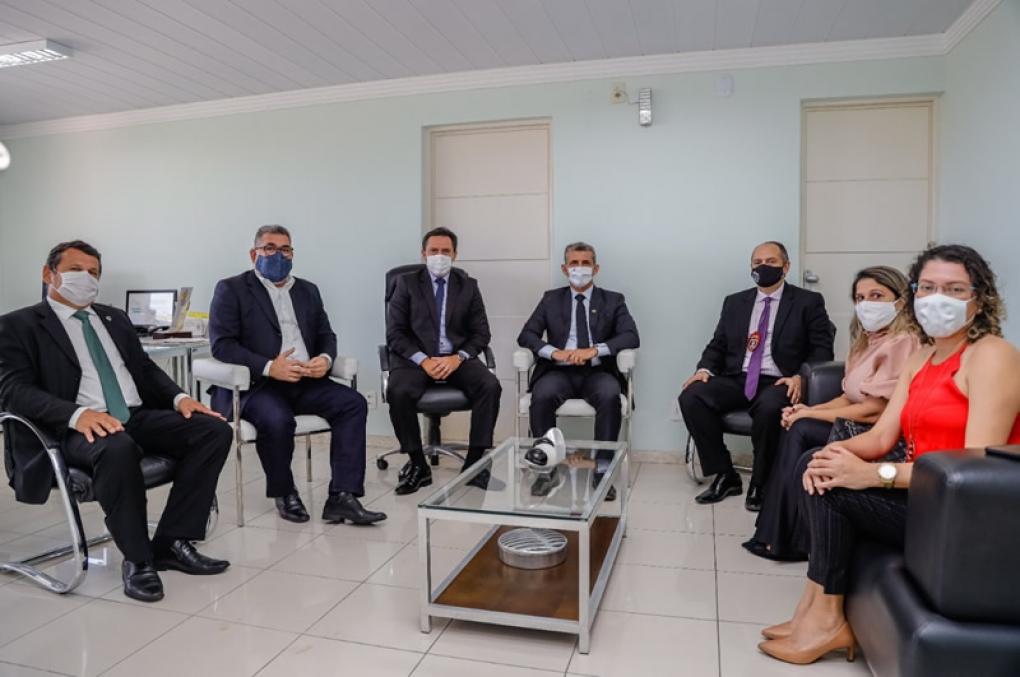 Reunião entre Secretaria da Segurança, Polícia Civil e OAB-PB reafirma harmonia entre as instituições