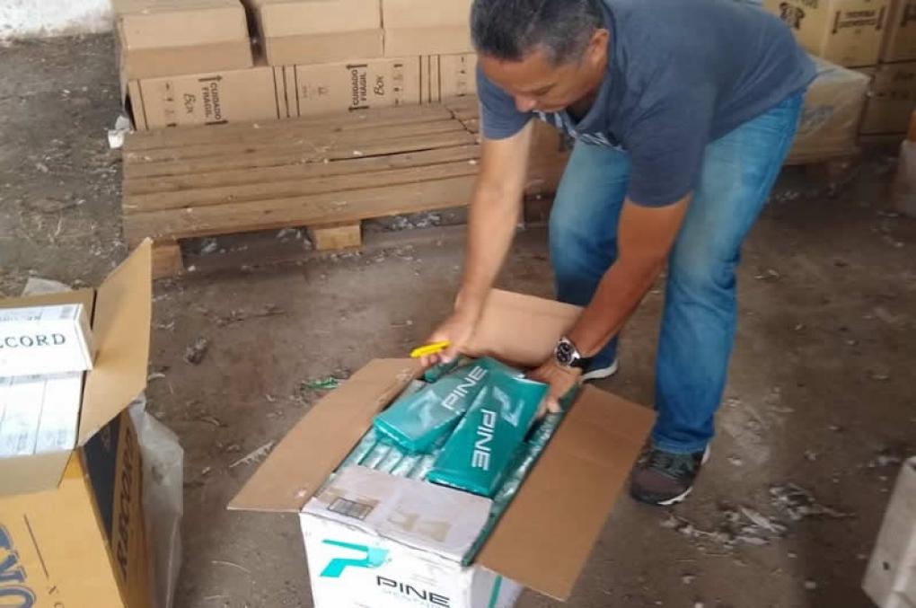 Polícias Civil e Federal em Caxias apreendem cigarros contrabandeados