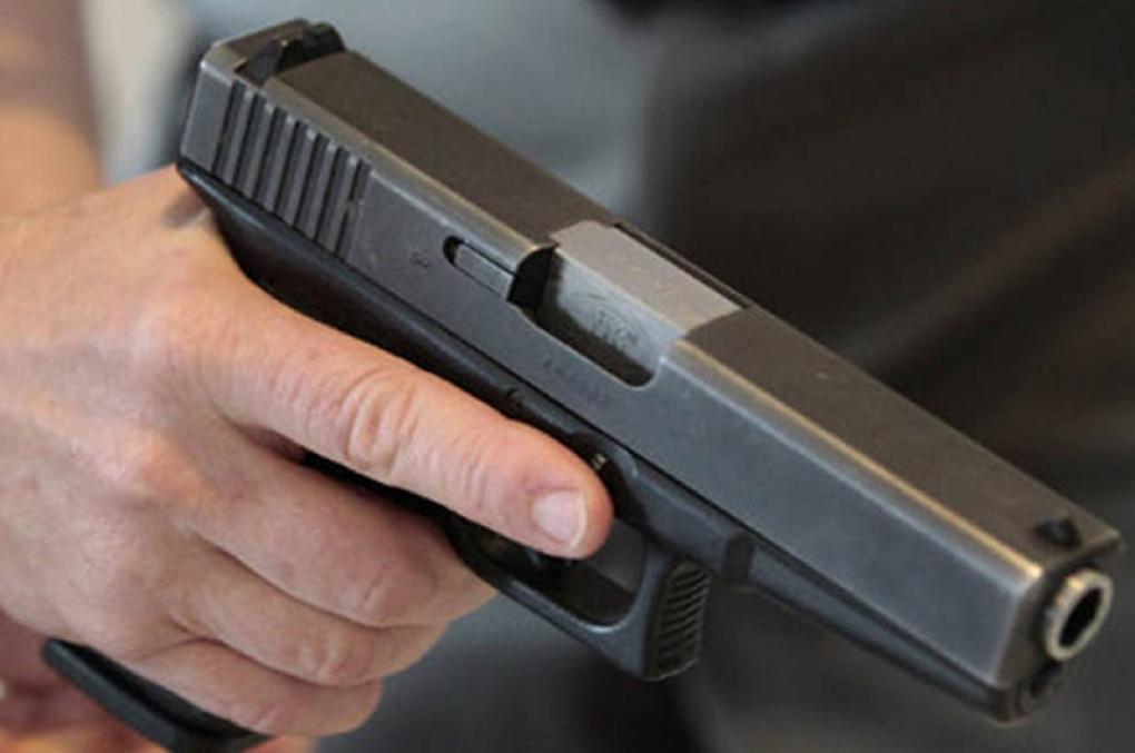 Policiais continuam com direito de portar arma de fogo em qualquer lugar do Brasil