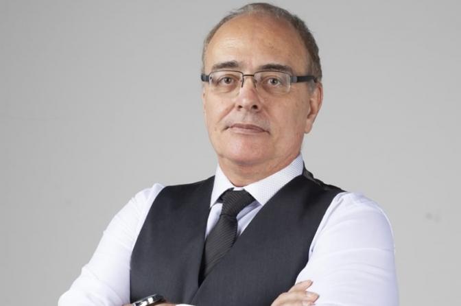 Delegado Líbero Penello lança livro abordando teoria e filosofia do Direito