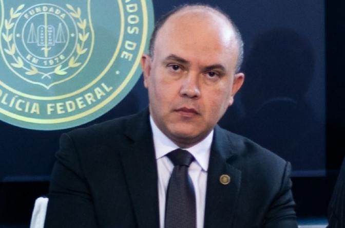 Policiais criticam governo Bolsonaro por vacinação lenta contra covid-19