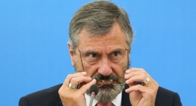'Tudo vai ser refletido e estudado', diz novo ministro sobre direção da PF