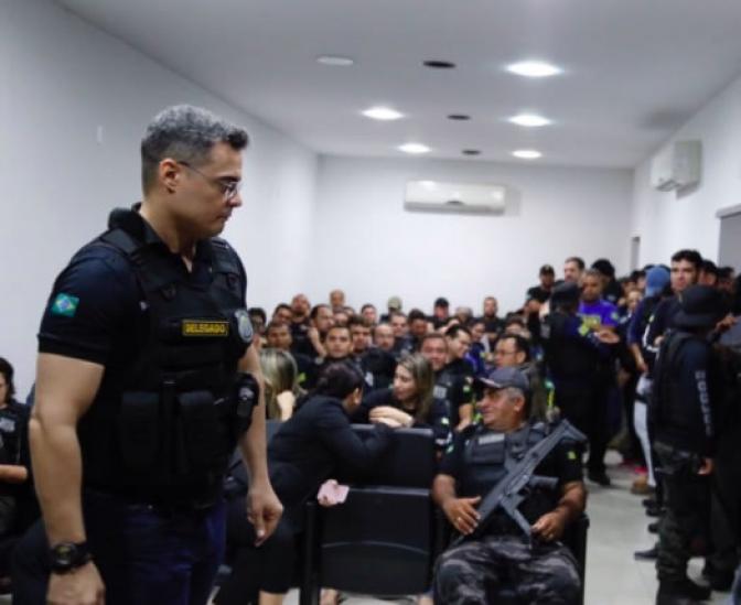 Policiais civis são presos suspeitos de fraudar concursos públicos no Piauí