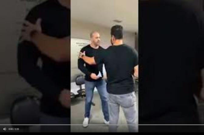Deputado Daniel Silveira desrespeita policial civil no IML por causa do uso de máscara