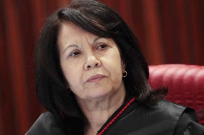Cópia de Presidente do STJ nega habeas corpus a Lula e critica Favreto