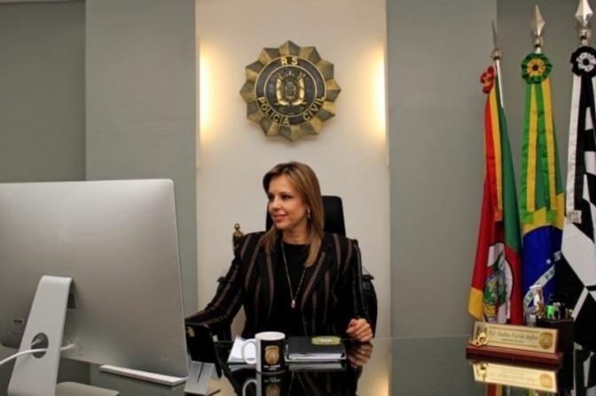 Sindpesp parabeniza a delegada Nadine Tagliari eleita presidente do Conselho Nacional dos Chefes de Polícia