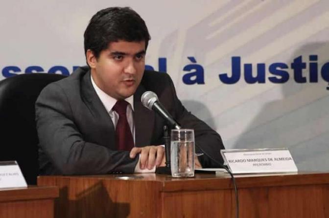 Procurador federal é preso com drogas após tentar subornar policiais em Ipanema